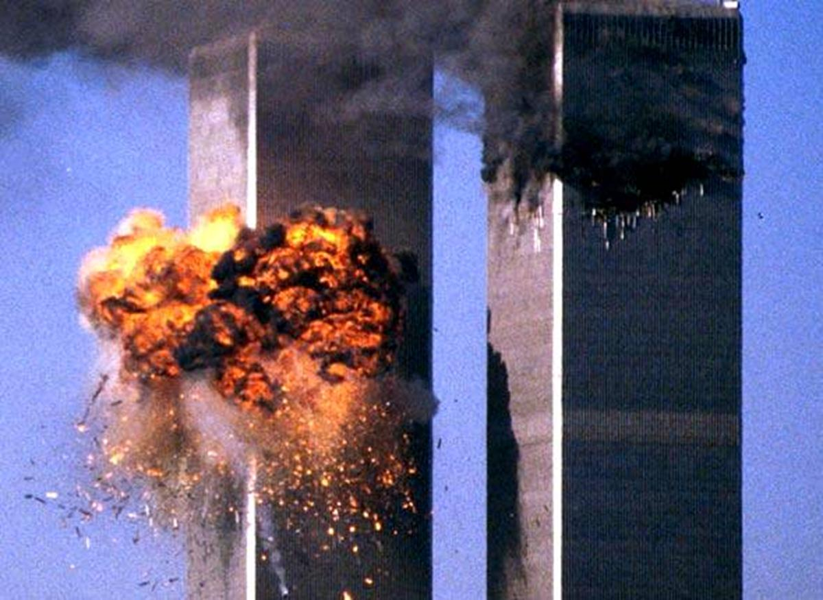 explosion twin towers